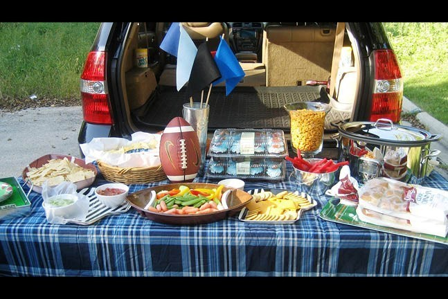 2015 Tailgating HP Slide